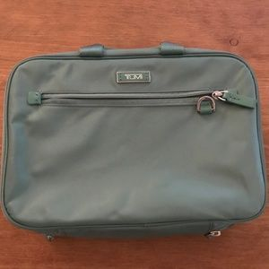 Tumi Voyaguer Monaco Toiletry Bag in Teal /Green